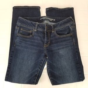 AEO size 8 Short kick boot stretch jeans
